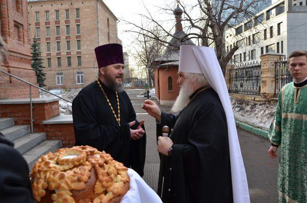 12 марта 2016 года, в Субботу сыропустную, день памяти преподобного Василия Исповедника – престольный праздник храма.