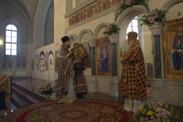 13 марта 2018 года, в день памяти преподобного Василия Исповедника, на Крестопоклонной неделе Великого Поста, состоялся престольный праздник храма.