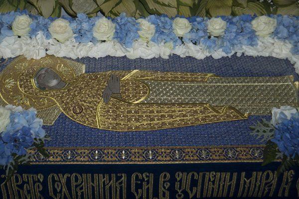 Накануне праздника Успения Пресвятой Богородицы в нашем храме было совершено Всенощное бдение, совмещенное с Чином погребения Божией Матери.