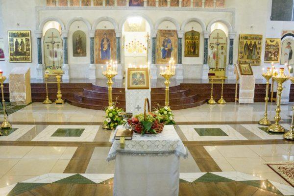 19 августа  Православная церковь празднует один из двенадцати главных праздников — Преображение Господне.